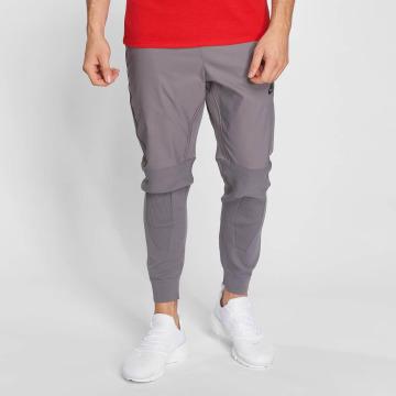 Nike joggingbroek Sportswear Tech Knit grijs