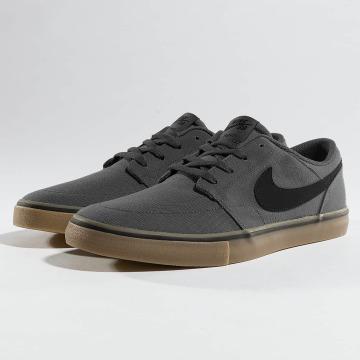 Nike SB Tøysko SB  Solarsoft Portmore II Canvas Skateboarding grå