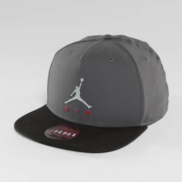Nike Snapback Jumpman Air Pro šedá