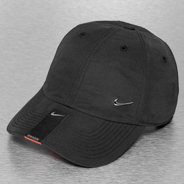 Nike Snapback Cap Heritage 86 Metal Swoosh schwarz