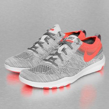 Nike Sneaker Free Focus Flyknit Training grau