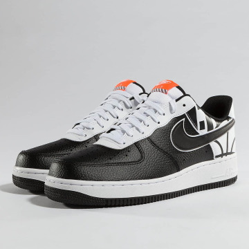 Nike Sneaker Air Force 1 07' LV8 schwarz