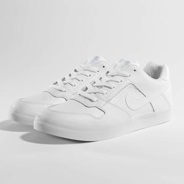 Nike Sneaker SB Delta Force Vulc Skateboarding weiß