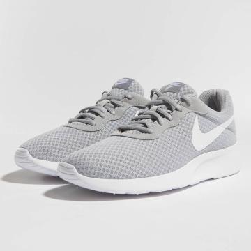 Nike Sneakers Tanjun šedá