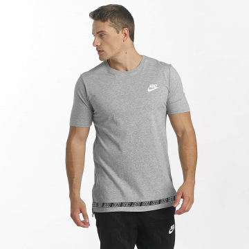 Nike T-shirt Sportswear grå