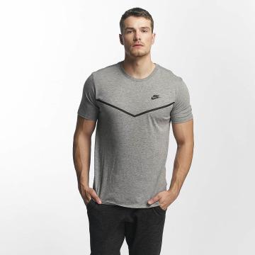 Nike T-Shirt TB Tech grau