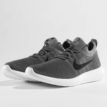 Nike Tennarit Roshe Two Flyknit V2 harmaa