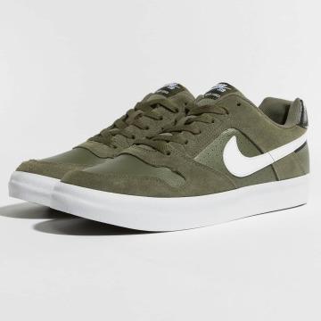 Nike Tennarit SB Delta Force Vulc Skateboarding oliivi
