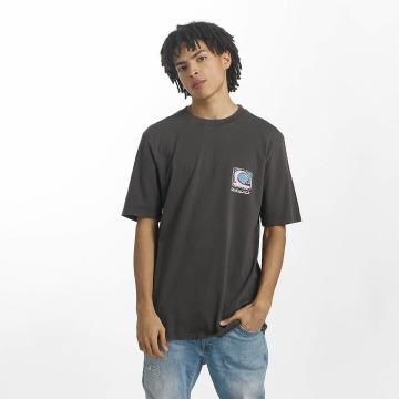 Quiksilver T-Shirt Durable Dens Way grau