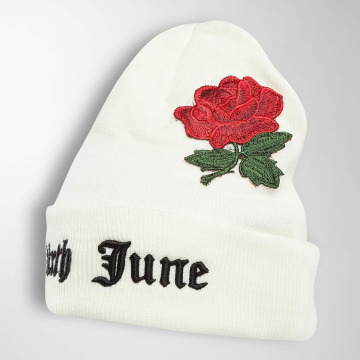 Sixth June Hat-1 Logo Roses Embroideries white