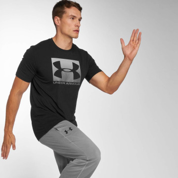 Under Armour T-paidat Boxed Sportstyle musta