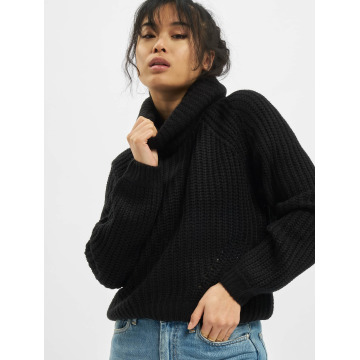 Urban Classics Puserot Short Turtleneck musta