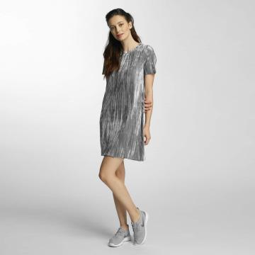 Vero Moda Sukienki vmMaila szary