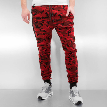 Who Shot Ya? Jogginghose Camo rot