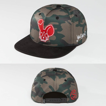 Who Shot Ya? Snapback Caps Camo Fist czarny