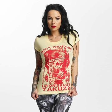 Yakuza T-skjorter Don't Trust Me gul