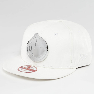 Yums Casquette Snapback & Strapback Metal Face blanc