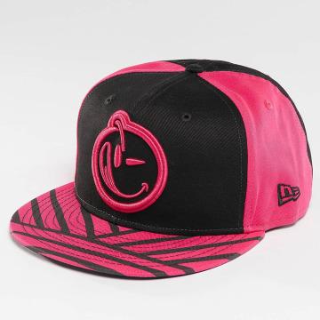 Yums snapback cap Era Bohemian zwart