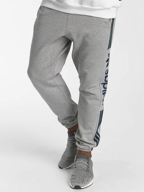 adidas originals Jogginghose Quarz Of Fleece grau