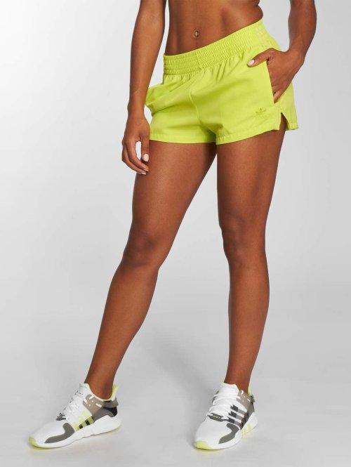 adidas originals Shorts Highwaist gelb