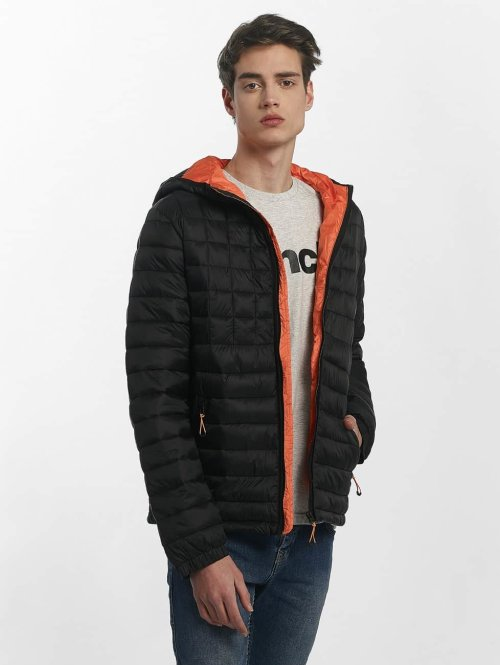 Bench Übergangsjacke Quilted Hooded schwarz