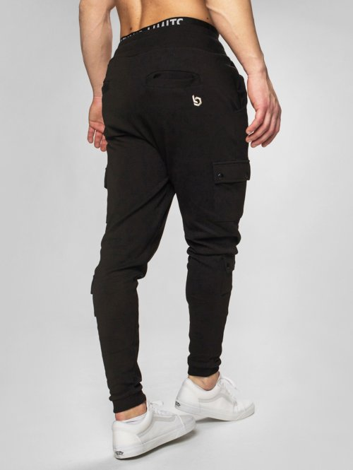 Beyond Limits Spodnie do joggingu Cargo czarny
