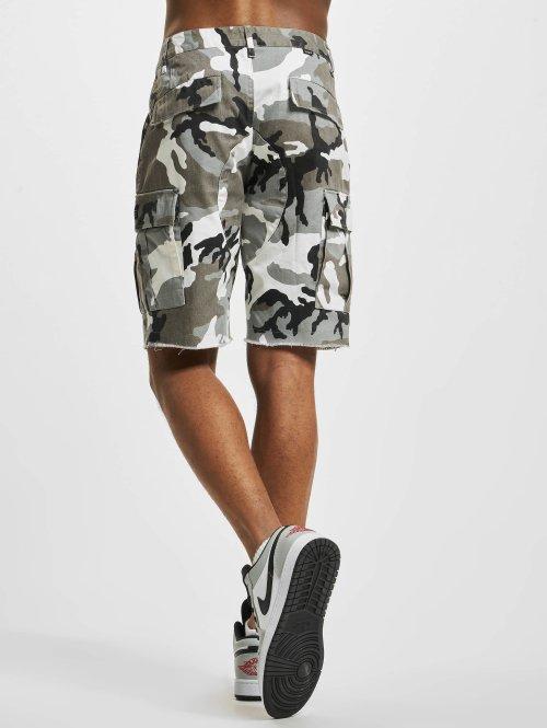 HUF Shorts Standard Issue weiß