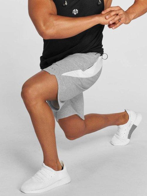 MOROTAI Shorts Neotech grau