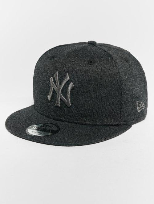 New Era Snapback Cap MLB Essential New York Yankees 9 Fifty grau