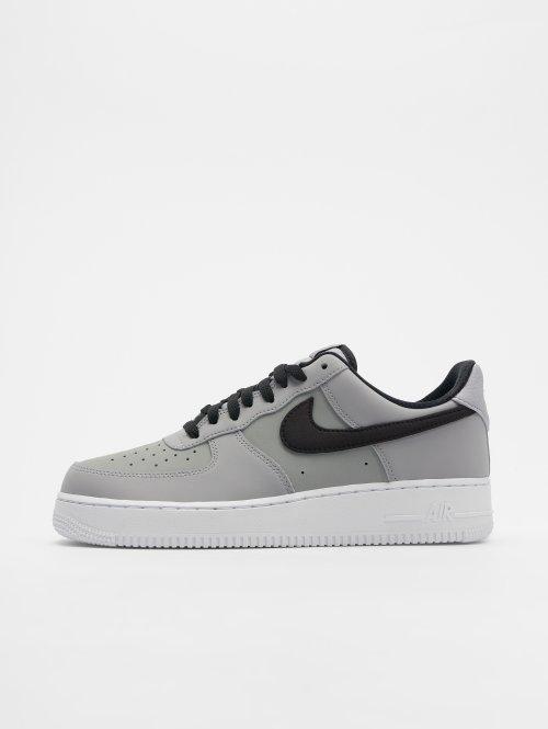 Nike Baskets Air Force 1 '07 gris