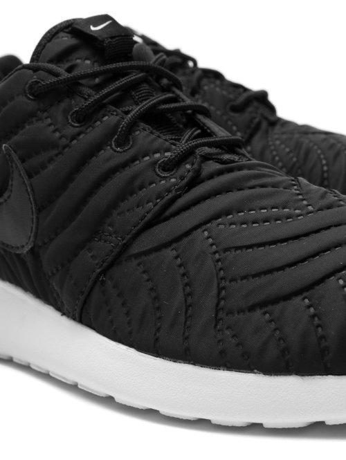 Nike Sneaker Roshe One Premium schwarz