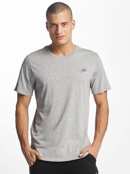 Nike T-Shirt NSW Club grau