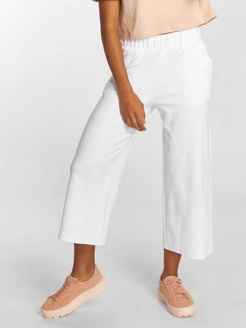 Urban Classics Pantalon chino Culotte blanc