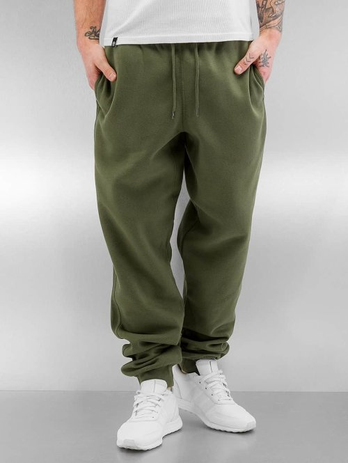 Urban Classics Pantalone ginnico Basic oliva