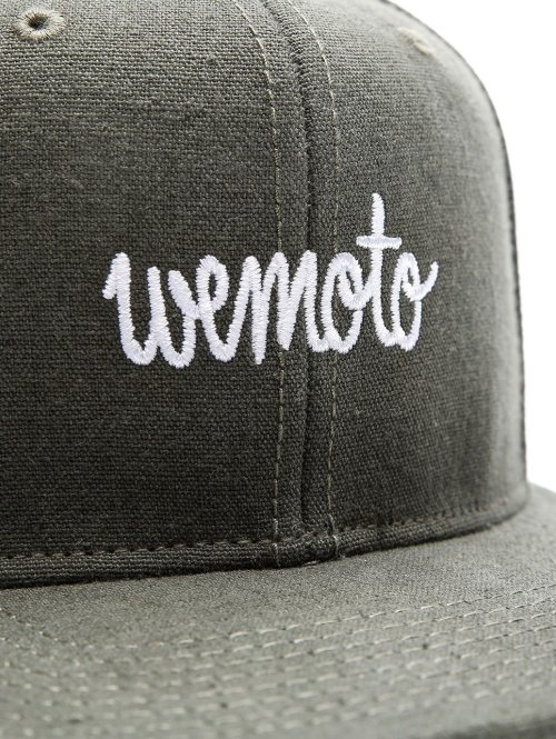 Wemoto Fitted Cap Script grün