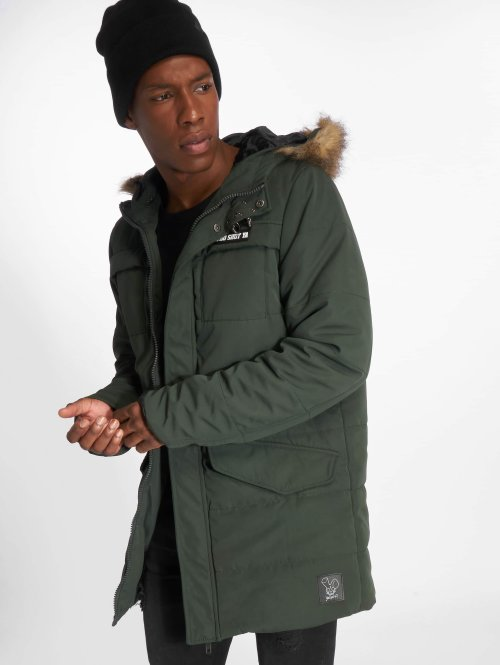 Who Shot Ya? Winterjacke Battle Bass olive