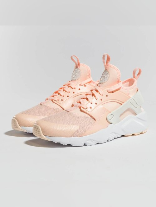 Nike Baskets Air Huarache Run Ultra rose