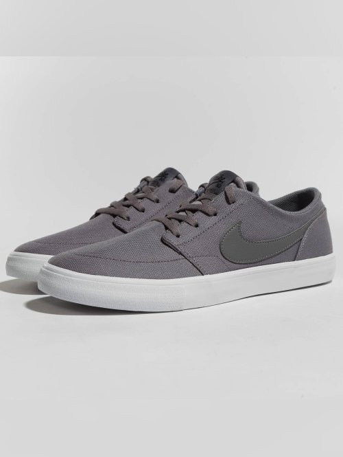 Nike SB sneaker SB  Solarsoft Portmore II Canvas Skateboarding grijs