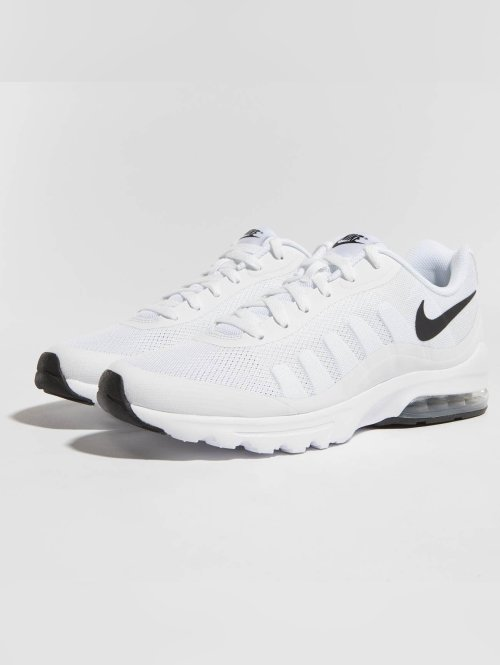 Nike Sneakers Air Max Invigor bialy