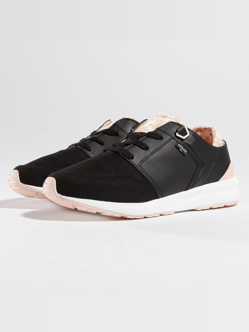 Levi's® Baskets Black Tab Runner noir