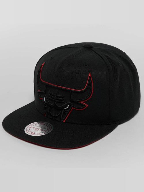 Mitchell & Ness Snapback Cap Raised Perimeter Chicago Bulls schwarz