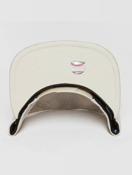 New Era Snapback Cap Engineered Fit Boston Red Sox 9Fifty beige