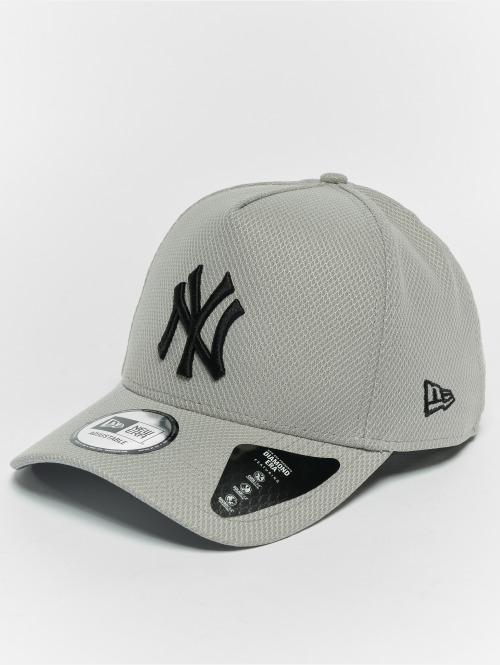New Era Snapback Cap Diamond NY Yankees A Form grau