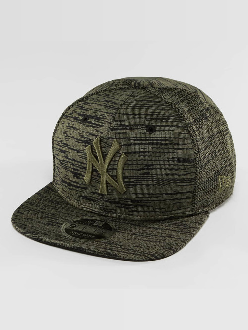 New Era Snapback Cap Engineered Fit NY Yankees 9Fifty olive