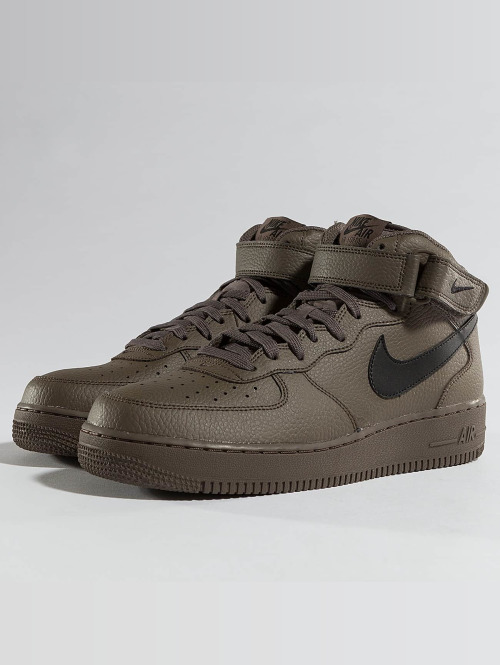 Nike Sneaker Air Force 1 Mid '07 braun
