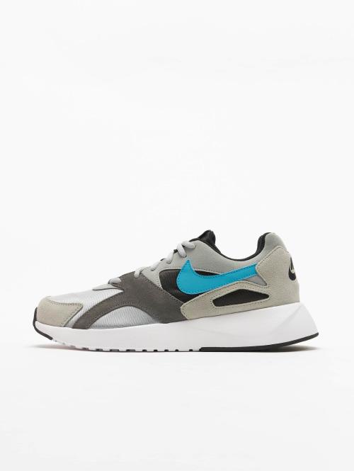 Nike Sneaker Pantheos grau