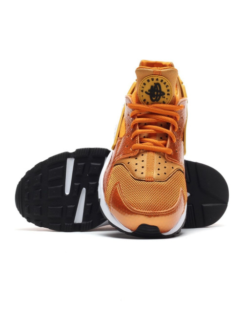 Nike Sneaker Air Huarache orange