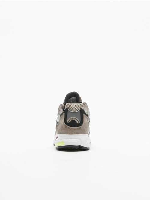 adidas originals Sneaker Temper Run braun