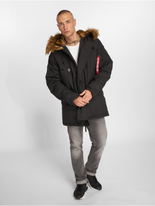Alpha Industries Mantel Explorer schwarz