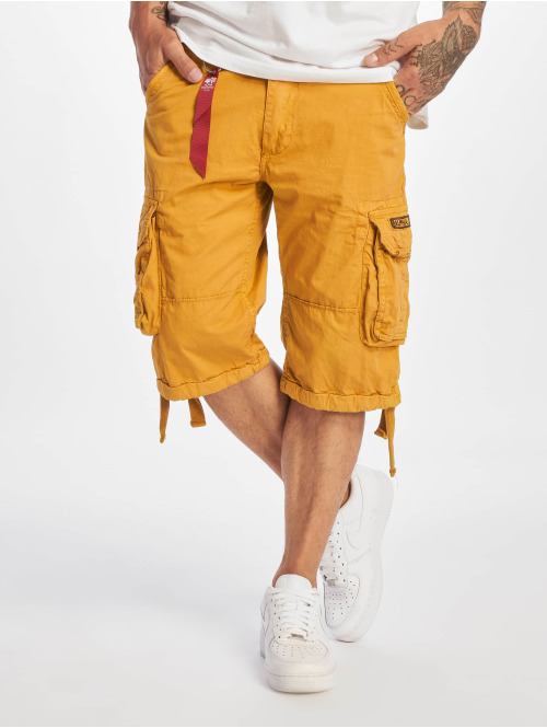 Alpha Industries Shorts Jet gelb
